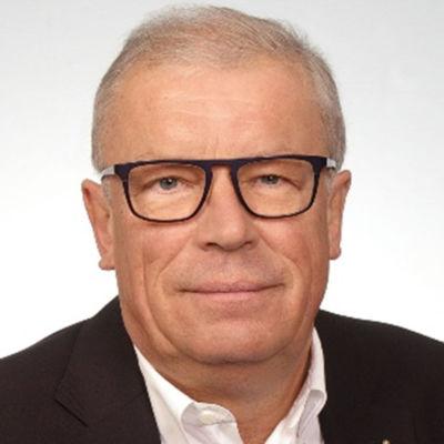 Eberhard-Frick_Kurator_01_01_OG